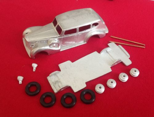 Dinky Toys copy model 39A Packard 8 Touring sedan in kit form